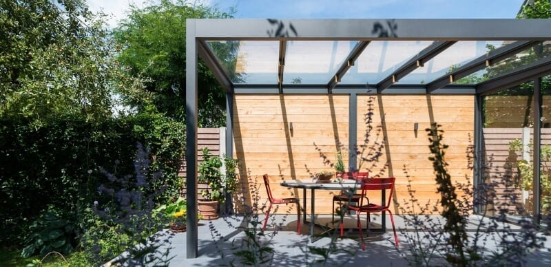 Glazen aluminium overkapping