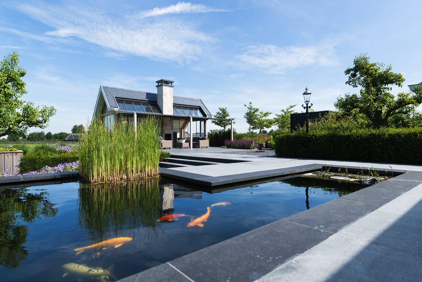 Poolhouse Van van Ee